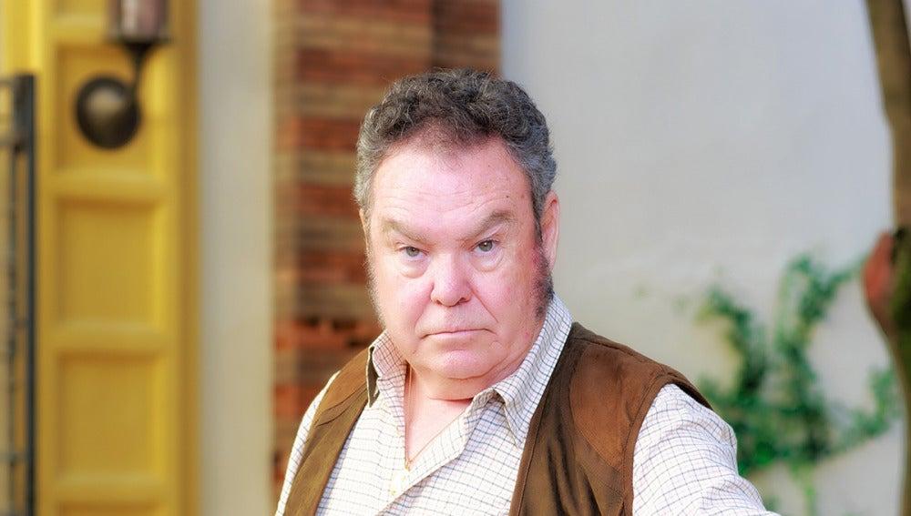 Pepo Oliva es Antonio, el padre de Carmen