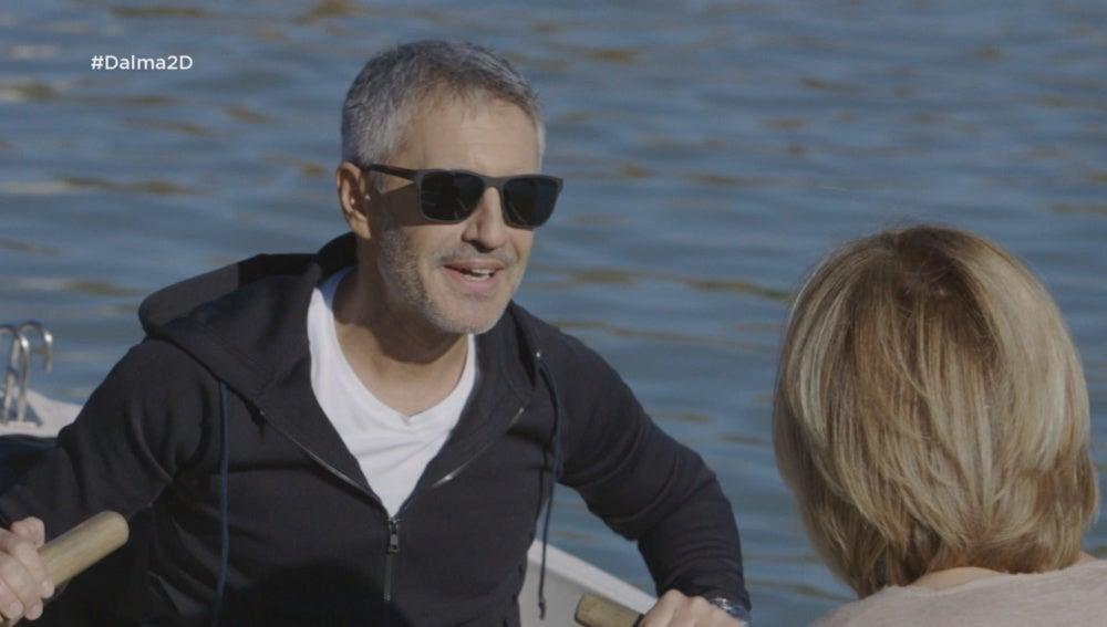 Sergio Dalma conversa con Susanna Griso en las barcas de El Retiro