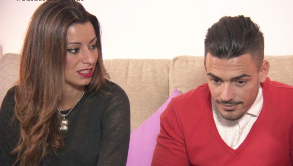 Cristina y Tito hablan con la psicóloga