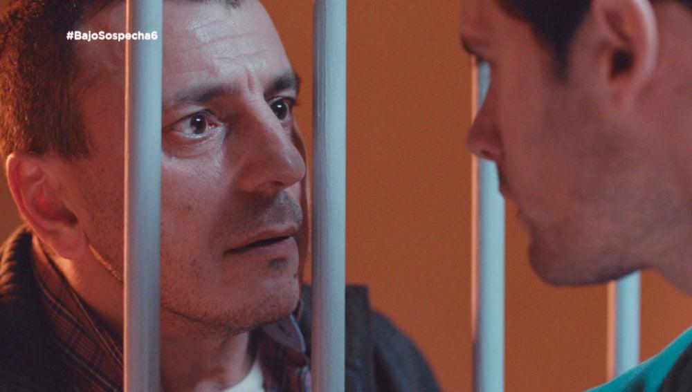 Ginés habla con Alain