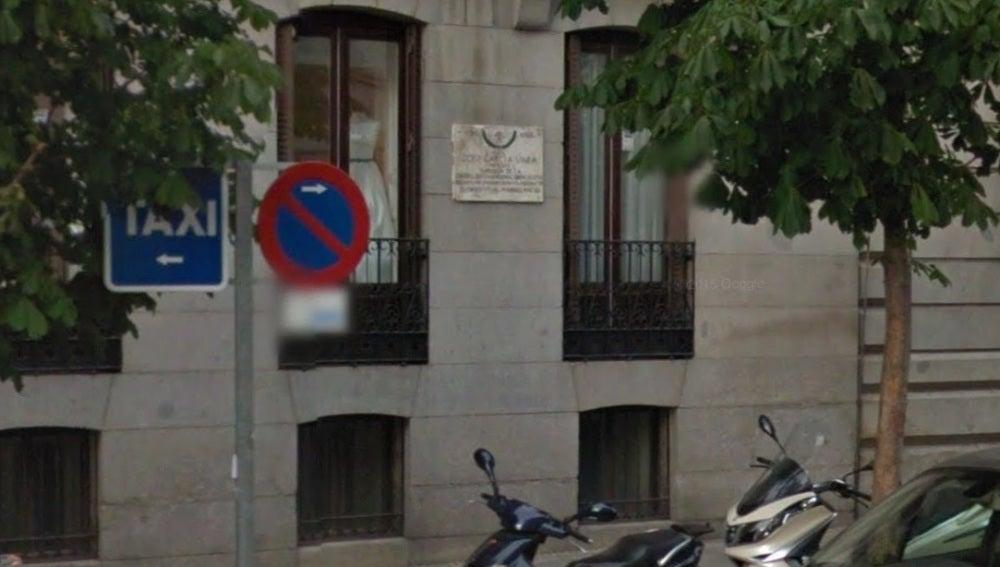 Lápida del falangista José García Vara