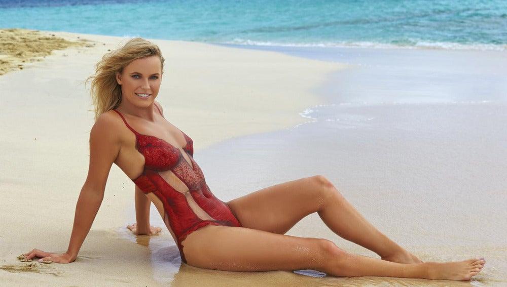 Caroline Wozniacki posa para Sport Ilustrated