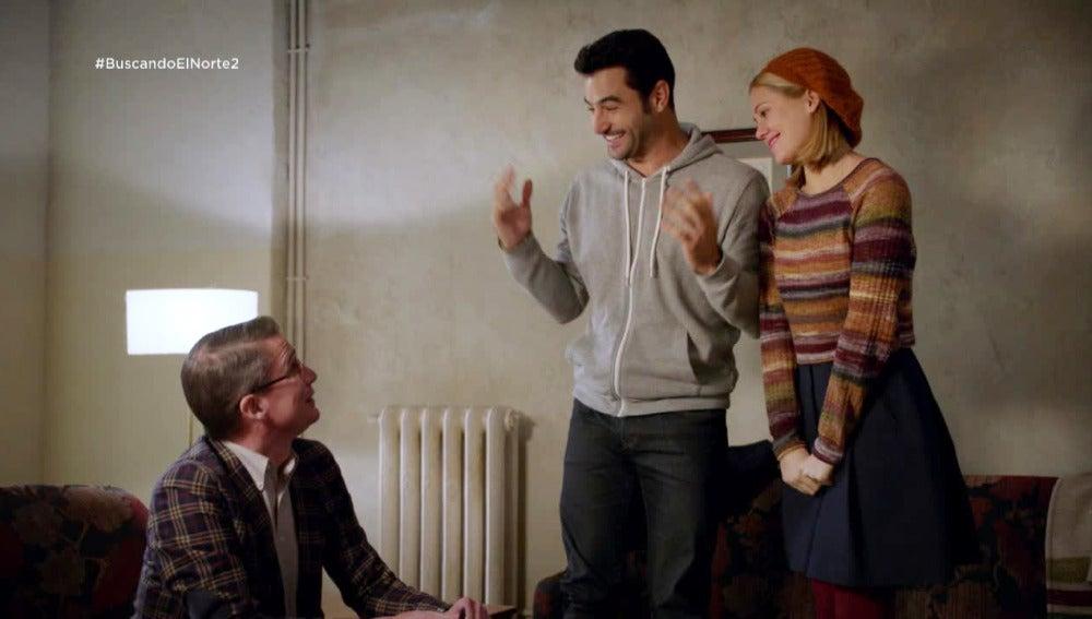 Ulrike y Álex se hacen pasar por novios para conseguir un piso en Berlín