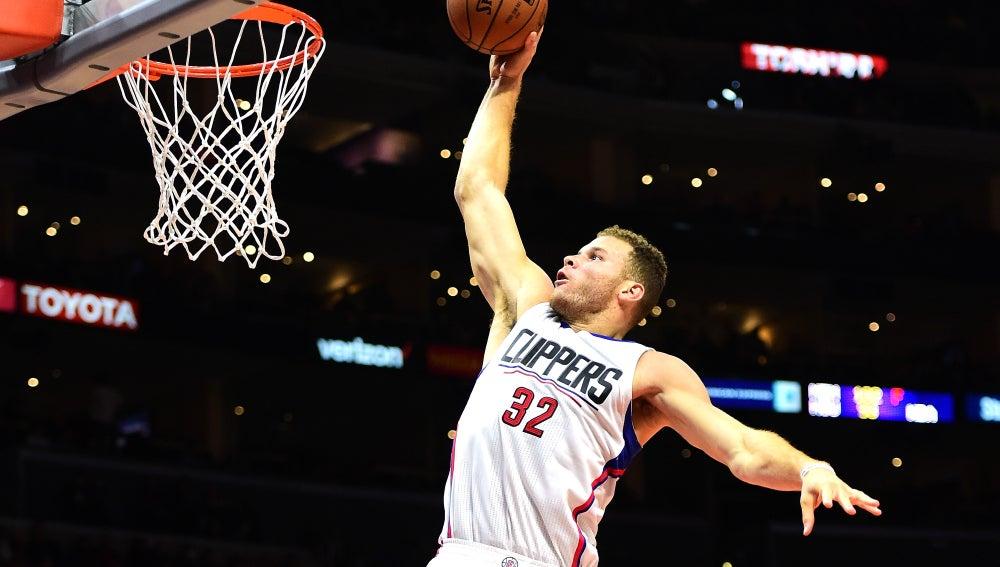 Blake Griffin, encesta el mate decisivo para los Clippers