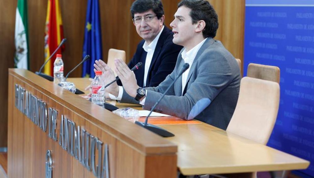 Albert Rivera durante una rueda de prensa en Sevilla