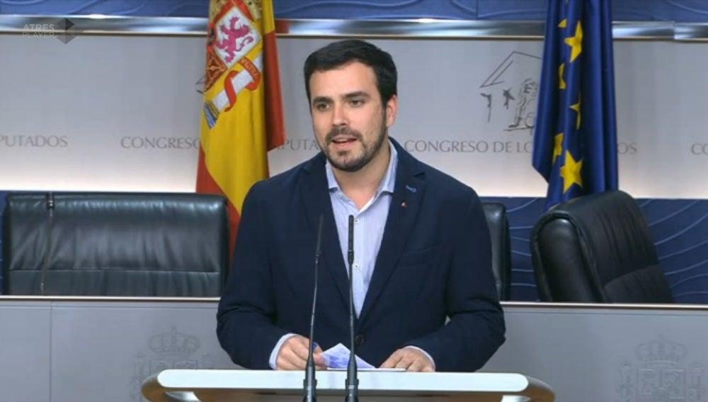 Alberto Garzón, durante la reunión en el Congreso de los Diputados