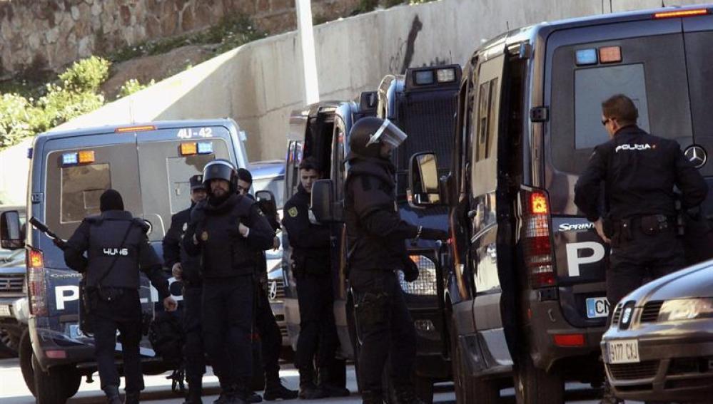 Dispositivo de fuerzas de seguridad en Ceuta