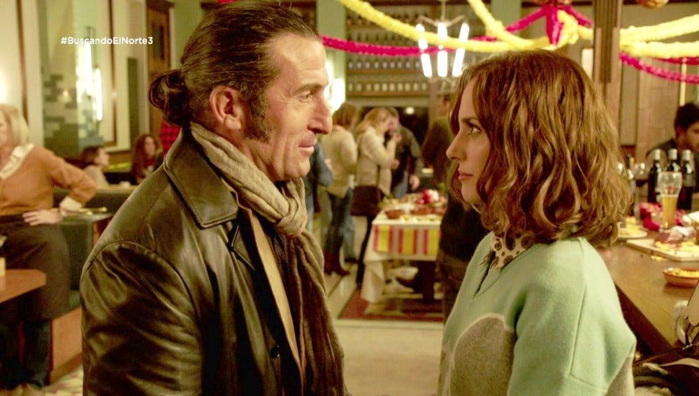 Roberto y Adela se reconcilian