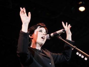 Dolores O'Riordan durante un concierto