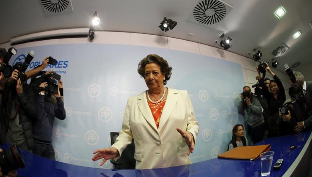 Rita Barberá en rueda de prensa