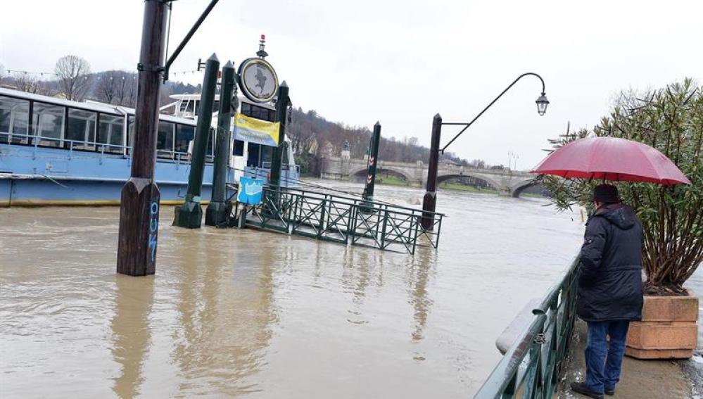 La crecida del río Po como consecuencia de las fuertes lluvias en Turín