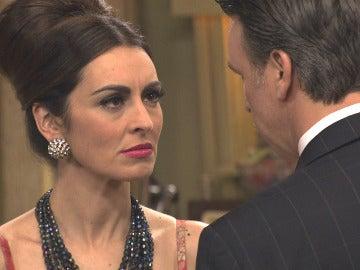 Tomás le pide a Rosa que se olvide de él