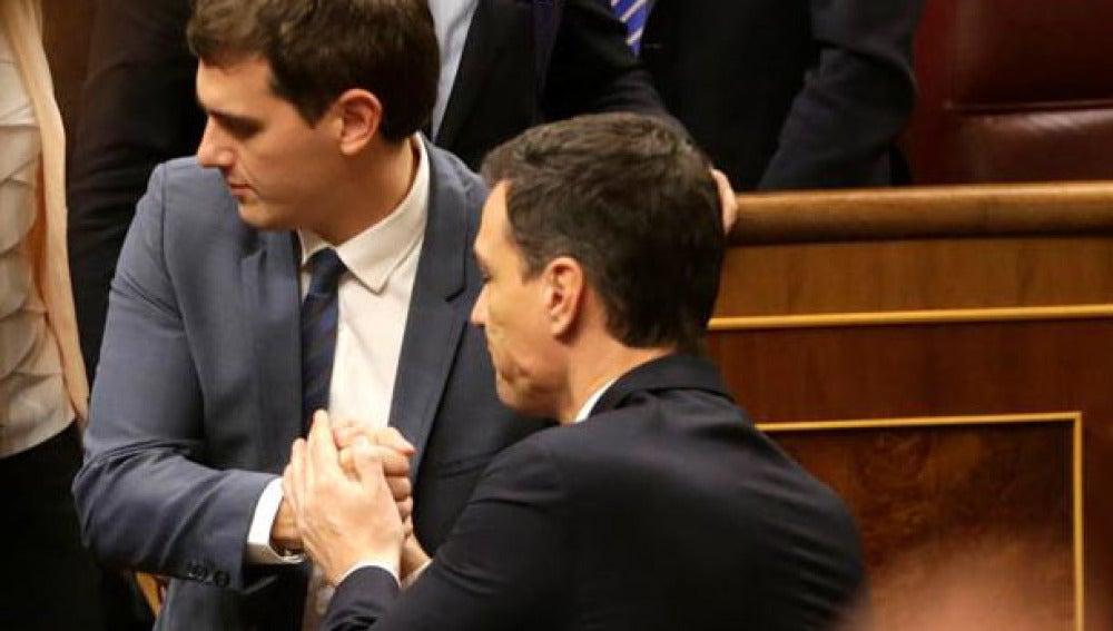 Rivera y Sánchez, tras el fracaso en el debate de investidura