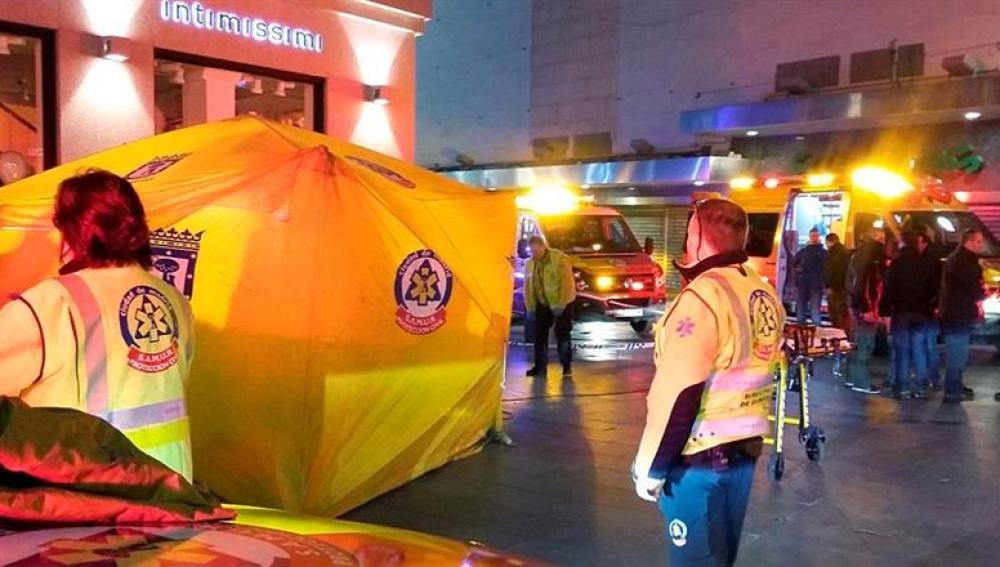 Un hospital de campaña montado en la Puerta del Sol