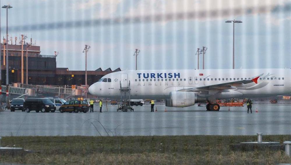 El avión desalojado tras encontrar la nota