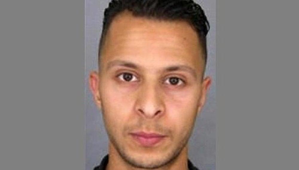El terrorista Salah Abdeslam, buscado por los atentados de París