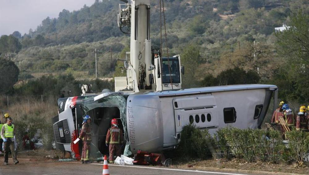 Al menos 14 fallecidos en el accidente de autobús en la AP-47, en Tarragona