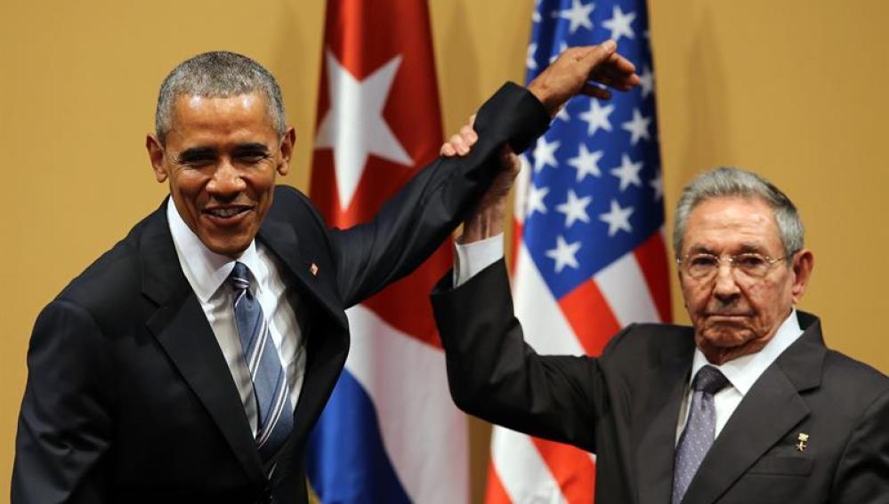 Raúl Castro y Barack Obama durante una rueda de prensa