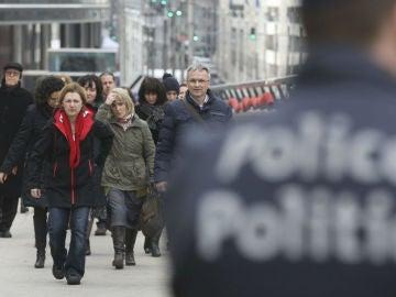 Un agente de policía en Bruselas
