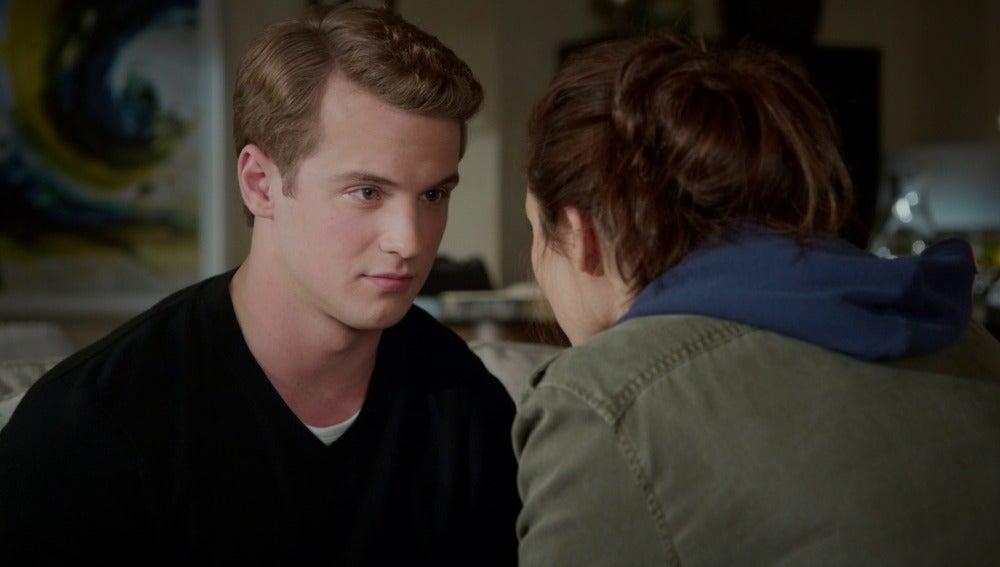 Rachel aconseja a Adam cómo comportarse con los niños