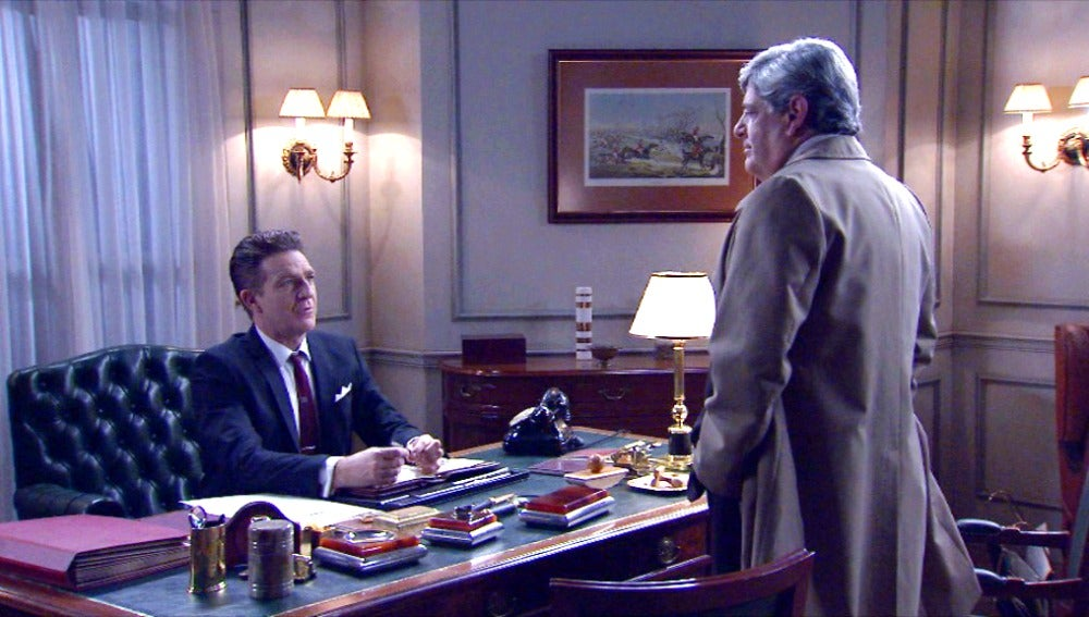 Parrado insiste en que Víctor despida a Carmen