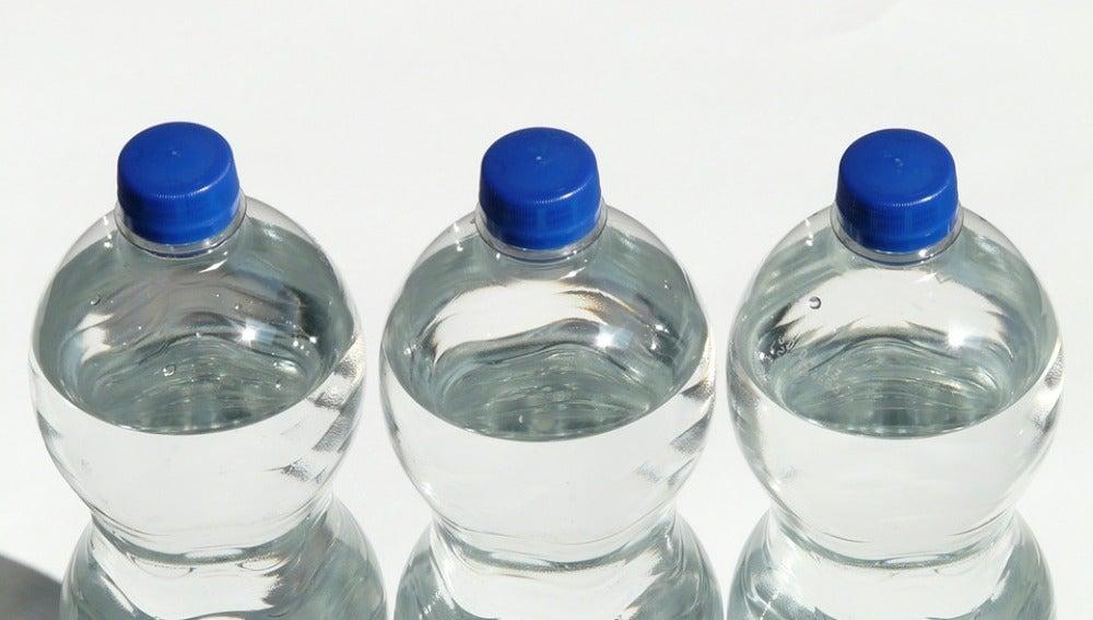 El agua de mineralización débil no es mejor para nuestra salud.