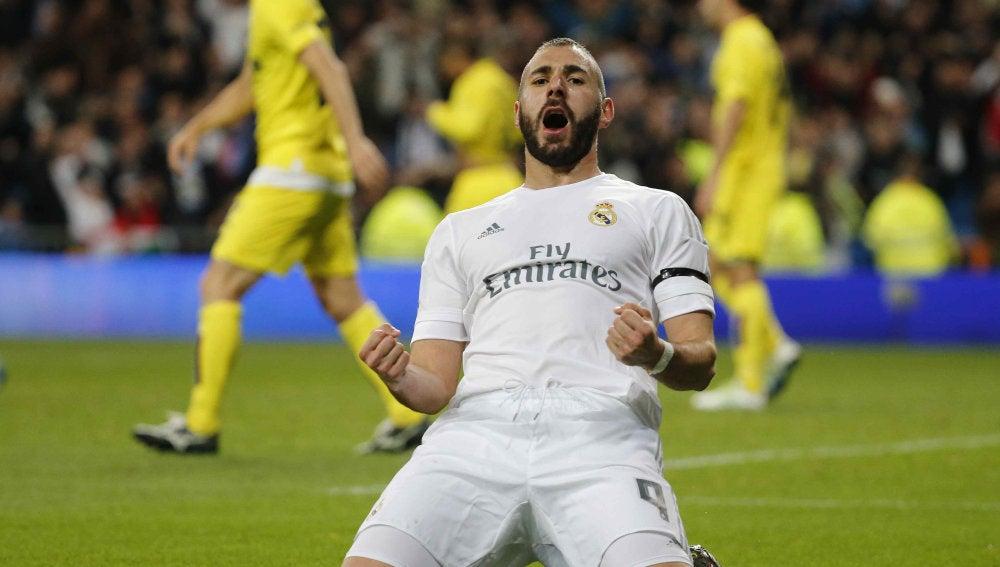 Benzema celebra su gol ante el Villarreal