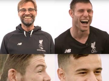 Klopp y los jugadores del Liverpool, imitando frases de películas