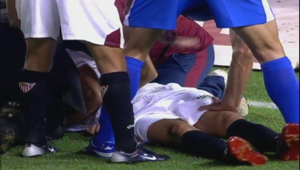 Frame 34.688954 de: La FIFA adopta una APP desarrollada por dos médicos españoles para evitar la muerte súbita en los campos de fútbol