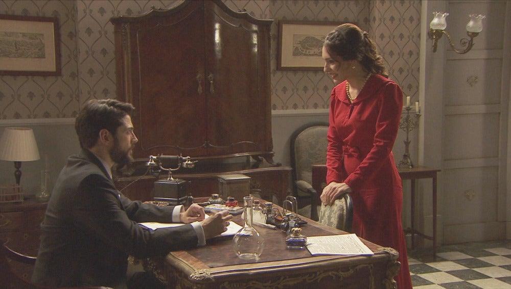 Hernando y Camila, conversando