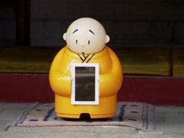 Crean un robot budista para atraer nuevos creyentes a su religión