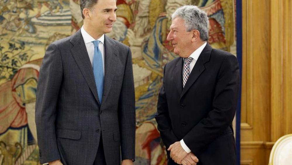 Felipe VI recibe al representante de Nueva Canarias, Pedro Quevedo