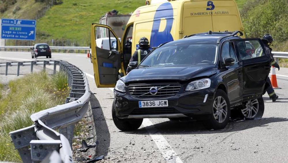 Accidente de tráfico en la AS-II