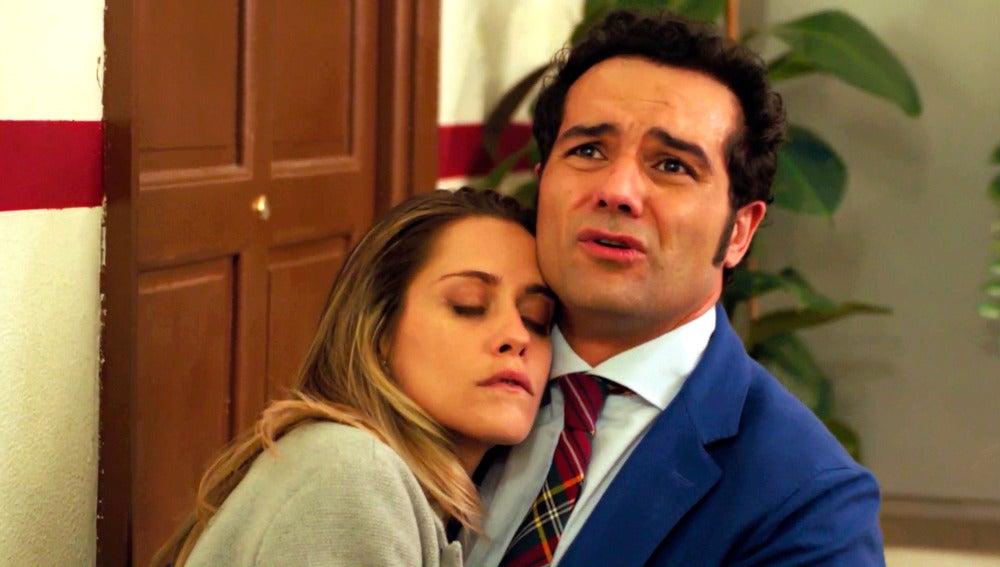 Rober acoge a Carmen en su casa