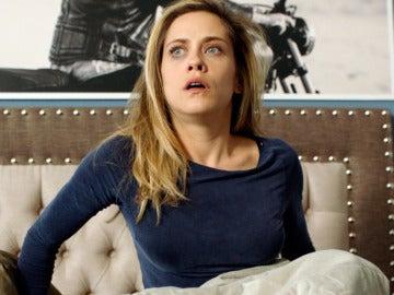 Carmen, al borde del infarto al despertarse semidesnuda en la cama de Rober