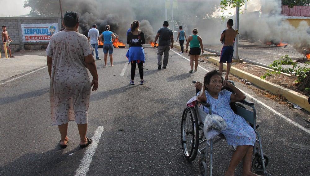 Disturbios en varias ciudades venezolanas