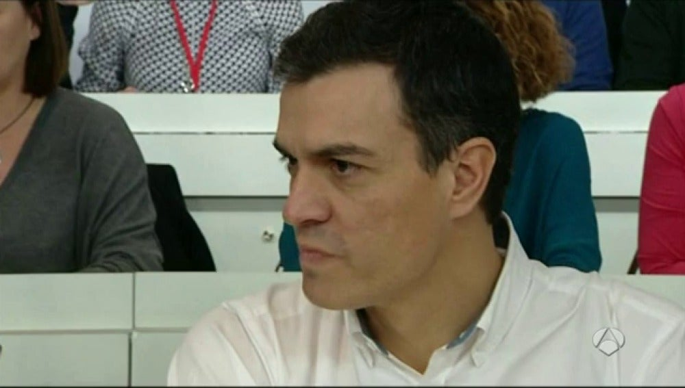 "Frame 0.0 de: Pedro Sánchez: "" Eduardo Madina seguirá en las listas como número 7 por Madrid"""