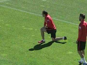 Godín y Carrasco, durante el entrenamiento del Atlético de Madrid