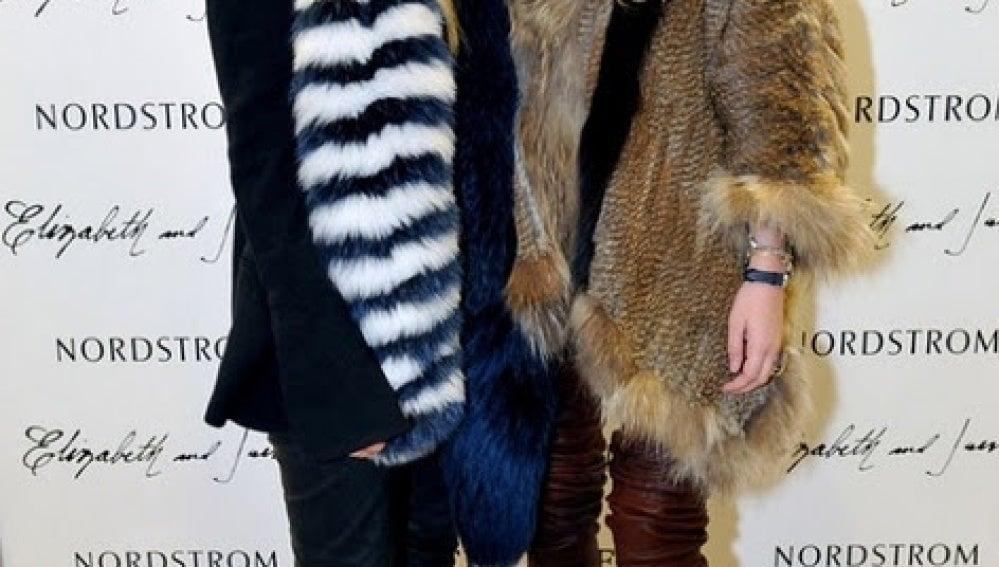 Las gemelas Olsen son muy tendentes a vestir pieles