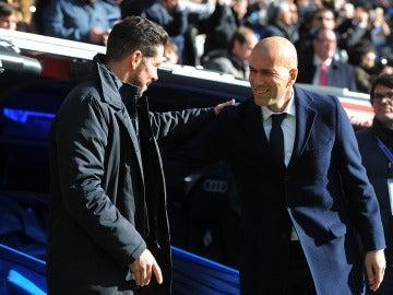 Diego Simeone y Zinedine Zidane juntos tras un derbi