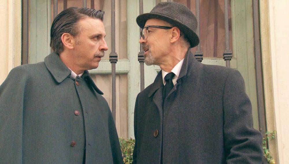 Petrov y Tomás discutiendo