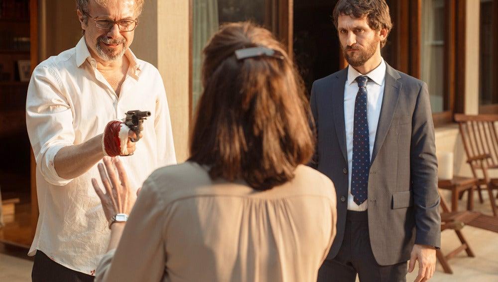La Embajada se cobra su primera muerte
