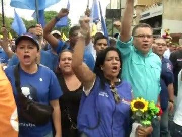 Frame 58.762255 de: La oposición amenaza con nuevas protestas si no se convoca el referéndum