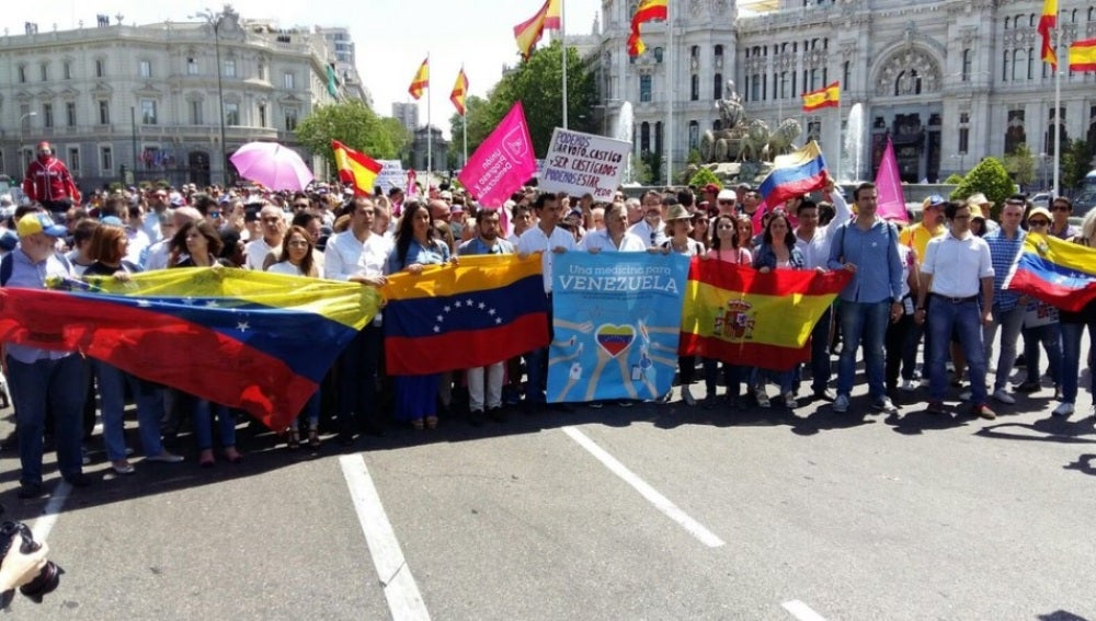 Marcha en Madrid en contra del presidente de Venezuela, Nicolás Maduro