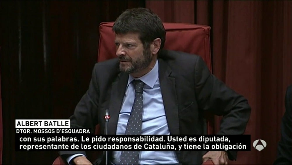 Frame 69.719144 de: El director de los Mossos defiende su actuación en los disturbios de Gràcia
