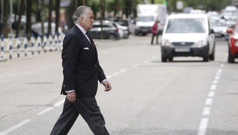 Luis Bárcenas llegando a los juzgados