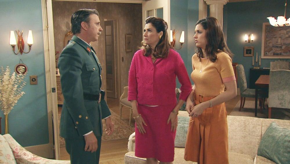 Sofía, Tomás y Adela