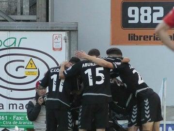 El Nàstic celebra un gol