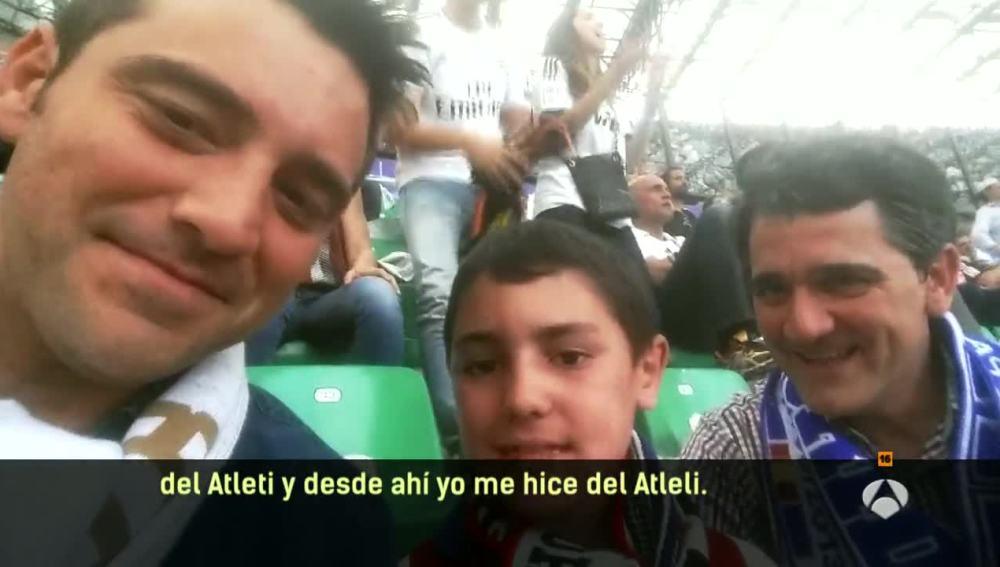 Un padre de atletico abanadona el partido por su hijo
