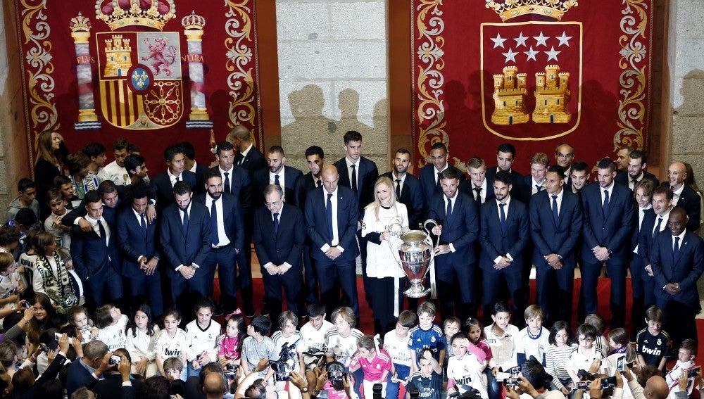 El Real Madrid, en la Comunidad durante la celebración por la Undécima